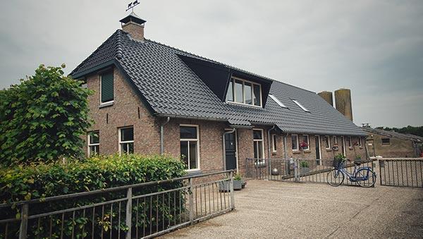 De Kalverstraat - Boerderij lr